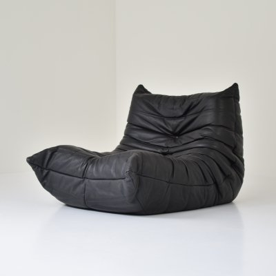 Original black leather 'Togo' by Michel Ducaroy for Ligne Roset, France 1970's