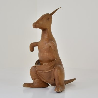 Leather magazine holder 'Kangaroo' by Dimitri Omersa, England 1960's