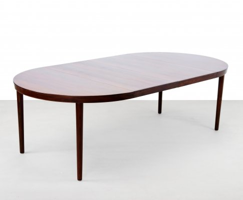 Rosewood extendable round dining table by Johannes Andersen for Uldum