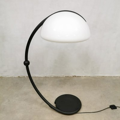 Vintage design 'Serpente' floor lamp by Elio Martinelli for Martinelli Luce