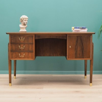 Danish design desk in walnut, 1970s