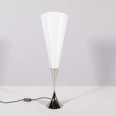 Model 'CET' desk lamp by Florian Schulz, 1980s