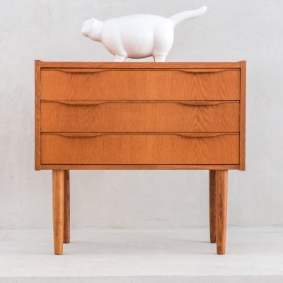 Mid-Century Danish oak small chest of drawers, 1970s