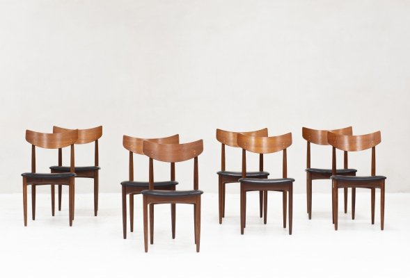 Set of 8 dining chairs produced in the Netherlands, 1960s