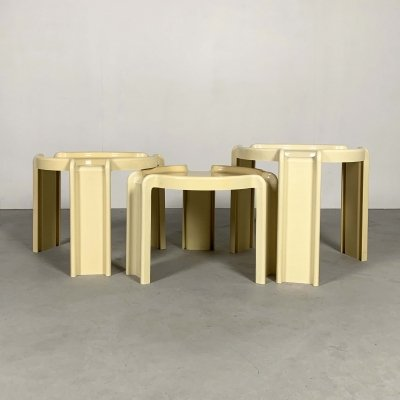 Cream Nesting Tables by Giotto Stoppino for Kartell, 1970s