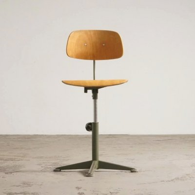 Rare olive green architect stool by Friso Kramer, 1960's