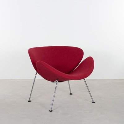 Artifort orange slice armchair with red upholstery