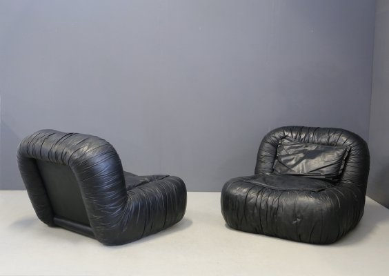 Pair of Black Leather Armchairs by De Pas, D'urbino & Lomazzi, 1970s