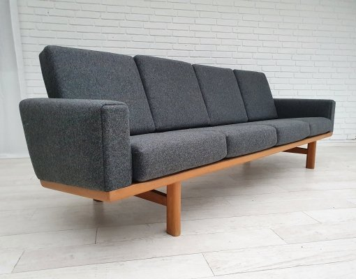 GE 236 sofa by Hans Wegner for Getama, 1970s