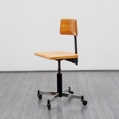 Mid-Century office chair in beechwood by Stoll Giroflex, 1960s