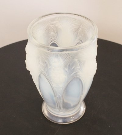 Opalescent vase signed Verlys France