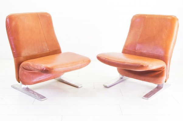 Pair of Buffalo leather Concorde chairs by Pierre Paulin for Artifort, 1960s