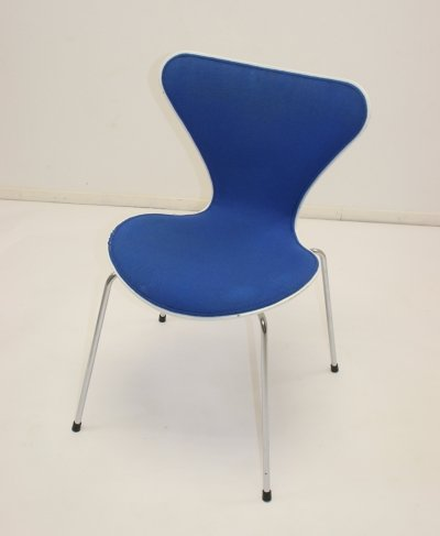 Blue Series 7 chair by Arne Jacobsen for Fritz Hansen, 1970s