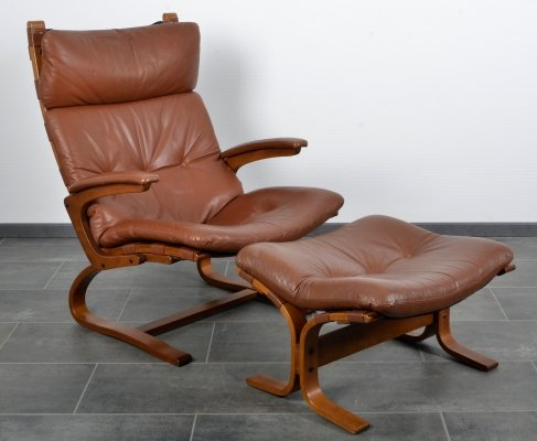 Brown leather set of the Siesta chair with hocker by Ingmar Relling, 1980s