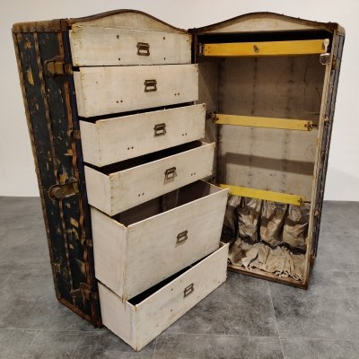Steamer trunk by Innovation, 1930s