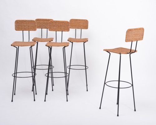 Set of 5 Mid-Century Modern wicker bar stools by Gian Franco Legler