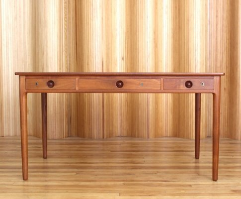 Model AT 305 Hans Wegner teak desk by Andreas Tuck, Denmark 1950s