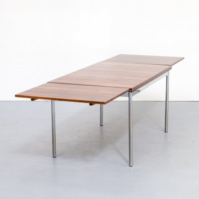 Sven Ivar Dysthe extendable rosewood veneer dining table for Thereca, 1960s