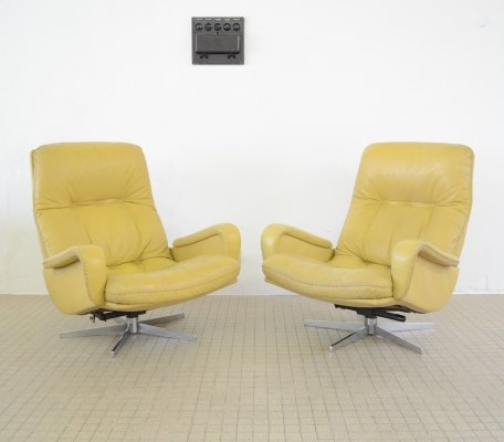 Pair of De Sede DS 231 leather lounge chairs, 1960s