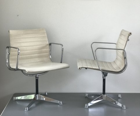 2 x First generation EA107 office chair by Charles & Ray Eames for Herman Miller, 1960s