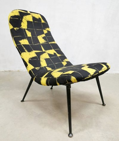 Rare vintage Dutch design model 135 lounge chair by Theo Ruth for Artifort