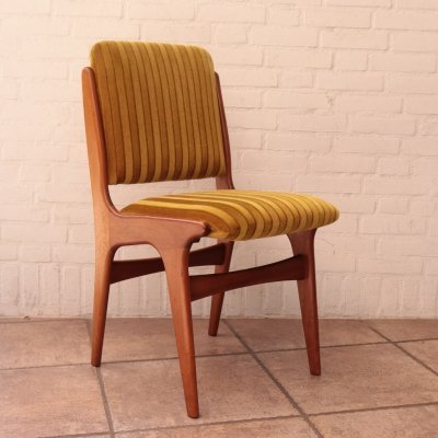 Set of 4 dining chairs by Mahjongg Vlaardingen