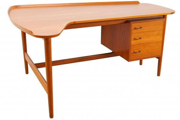 Model BO85 Teak Desk by Arne Vodder for Bovirk