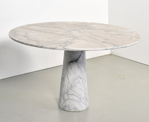 Italian round marble dining table, 1970s