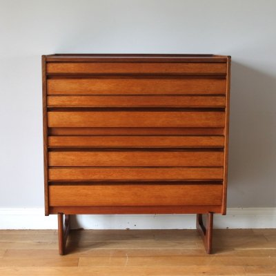 British vintage 1960's William Lawrence teak chest of drawers