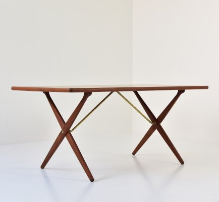 'Cross-legged' dining table by Hans Wegner for Andreas Tuck, Denmark 1950's