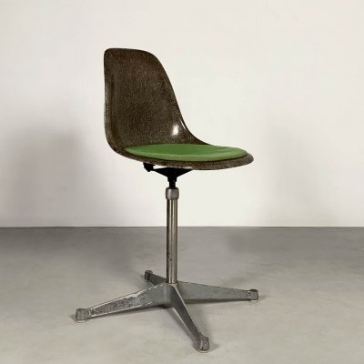 Swivel DSW Chair by Charles & Ray Eames for Herman Miller, 1980s