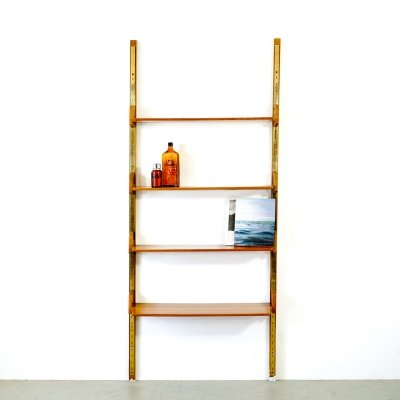 1-line wooden shelf with variable adjustable shelves & brass details