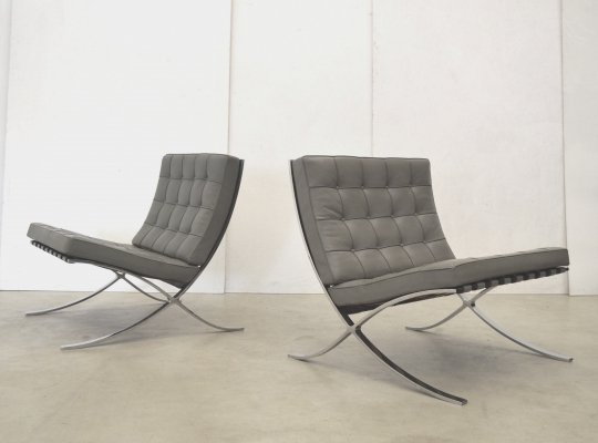 Pair of Barcelona lounge chairs by Ludwig Mies van der Rohe for Knoll, 1980s