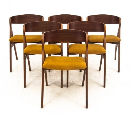 Set of 6 chairs by Henning Kjaernulf, 1960s