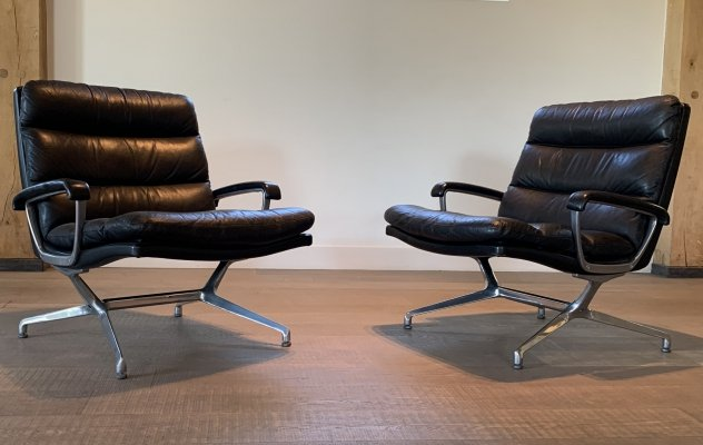 Pair of Paul Tuttle chairs for Strässle International, Switserland 1960s