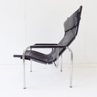 Strässle HE1106 black leather armchair by Hans Eichenberger
