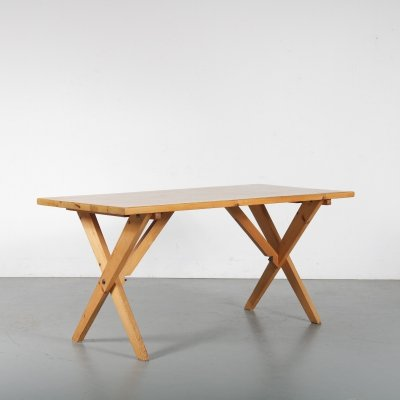 Pine cross base dining table, France 1960s