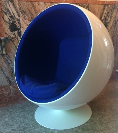 Eero Aarnio ball chair by Adelta, 1980s