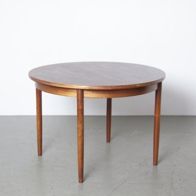 Round Rio-rosewood extendable table