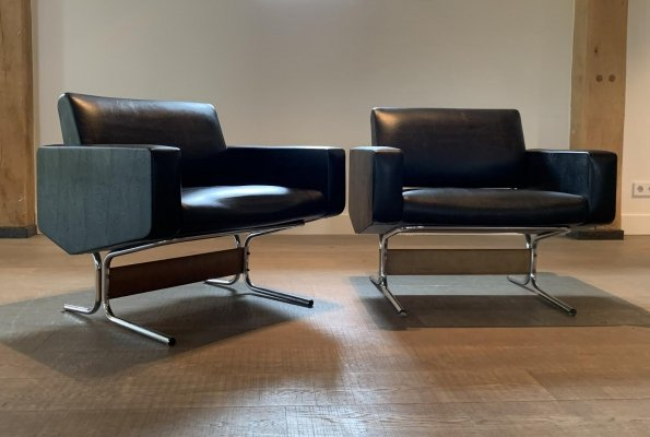 Pair of Caracas lounge chairs by Pierre Guariche for Meurop, France 1960