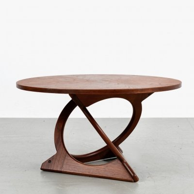 Sculptural coffee table by Holger Georg Jensen for Kubus with sunburst table top