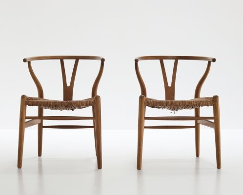 Pair of Wishbone arm chairs by Hans Wegner for Carl Hansen & Søn, 1960s