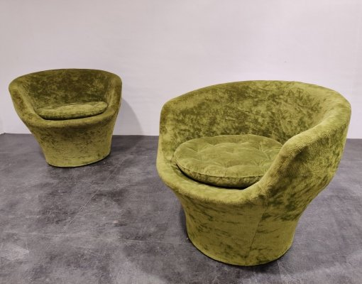 Pair of Vintage green velvet cocktail chairs, 1960s