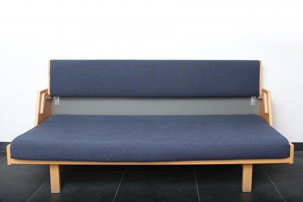 GE 258 Daybed by Hans Wegner for Getama, 1958