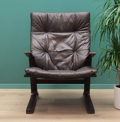 Danish design Armchair in brown leather, 1970s