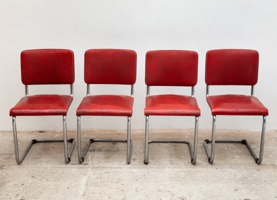 Set of 4 chrome cantilever chairs with original red vinyl upholstery, 1930s
