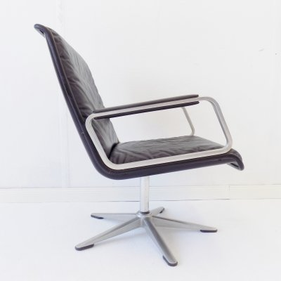 Wilkhahn Delta 2000 black leather lounge chair by Delta Design