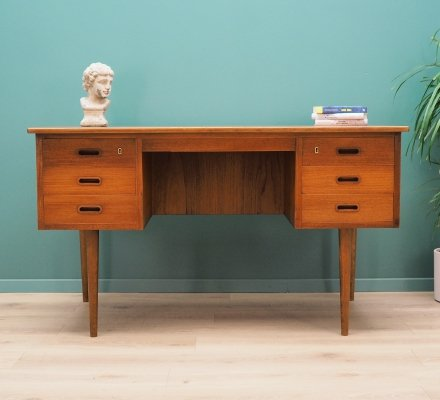Danish design Desk in teak, 1970's