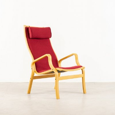 Finn Ostergaard lounge armchair produced by Twig Furniture