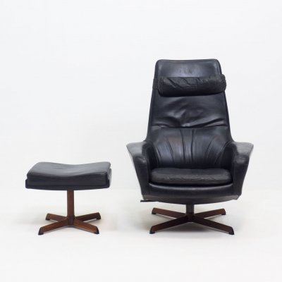 Bovenkamp 'model 31' leather swivel chair with matching footstool